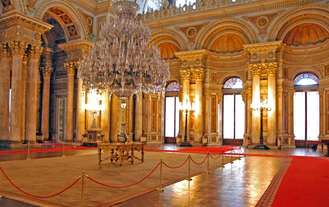 Dolmabahce Palace Istanbul 8