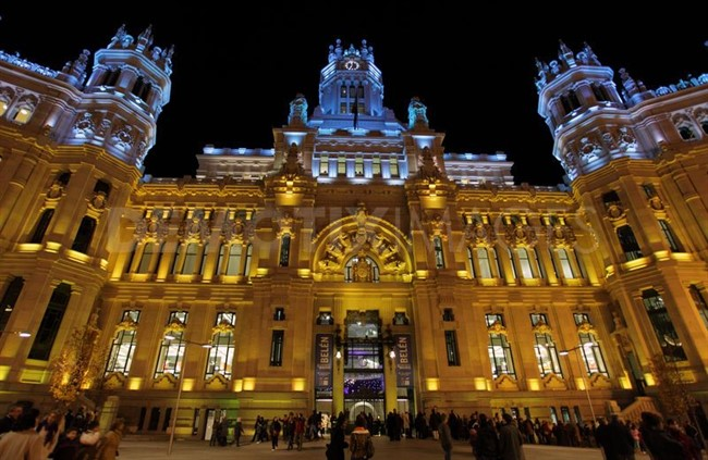 1Christmas Lights In Madrid 988218