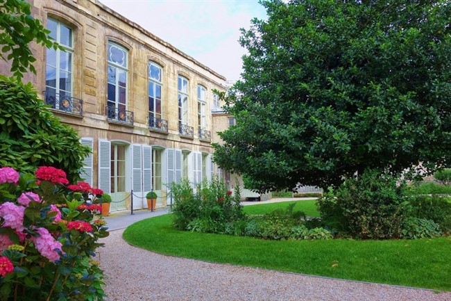 Jardins Des Archives Nationales 11