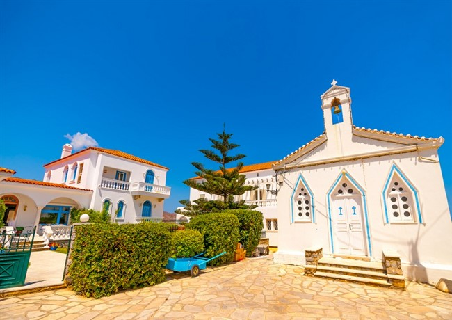 Andros Shutterstock 217792105