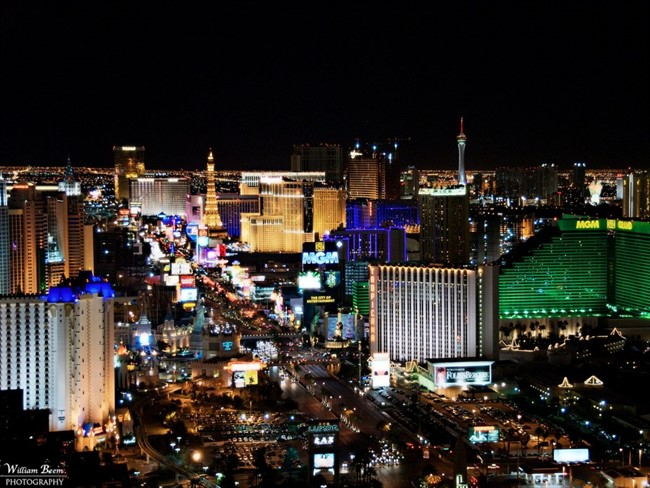If Youre Trying To View Las Vegas In All Its Lit Up Splendor Skip The Masses At The Stratosphere Tower And Head To The More Exclusive Foundation Room On Top Of The Mandalay Bay T