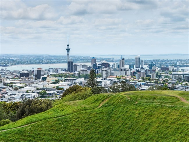 The Sky Tower In Auckland New Zealand Is The Tallest Man Made Structure In The Country And Has Everything From Viewing Platforms To Bungee Jumping To Restaurants Making It A Tour