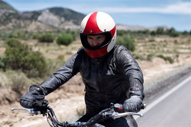 David -beckham -on -motorbike -outlaws -film -mexico -conde -nast -traveller -2oct 15-pr _1080x 720
